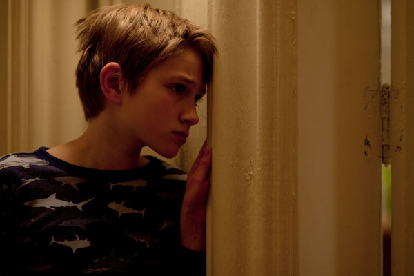 extremely loud and incredibly close essays Extremely loud and incredibly close encourages us to closely examine the time  we have in our lives we never know when the last time we will be seeing.